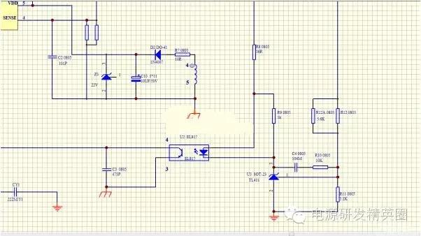 图1是反激式电源电路图,那么在R8、R9这两个电阻的作用是什么?如果对R8和R9阻值调大或者调小分别对什么电性有影响? 首先对这两个电阻的作用进行讲解,R8的作用是限流,而R9是为了给TL431提供基础电流。光耦原边流过多大的电流,不是由R8决定的,R8只是限制流过原边的电流。如果电阻太小,很小的波动就会引起原边相对较大的电流,所以电路有可能不容易稳定。 电路正常工作以后,TL431的AK之间的电压不是固定的。想要了解这个问题首先就要对电路的工作原理有进一步的了解。 在电路稳定后,TL431的AK之间电压